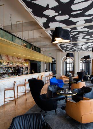 Le Bar by La Cloche