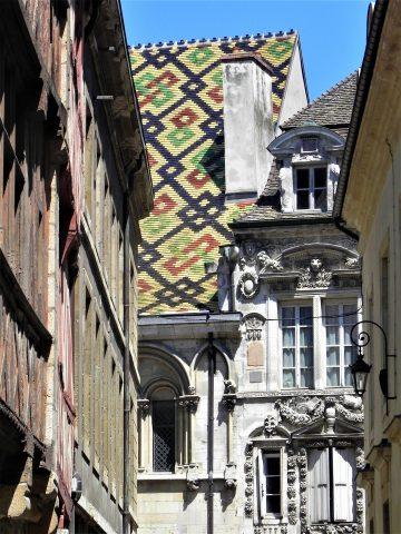 Rue-Porte-aux-Lions