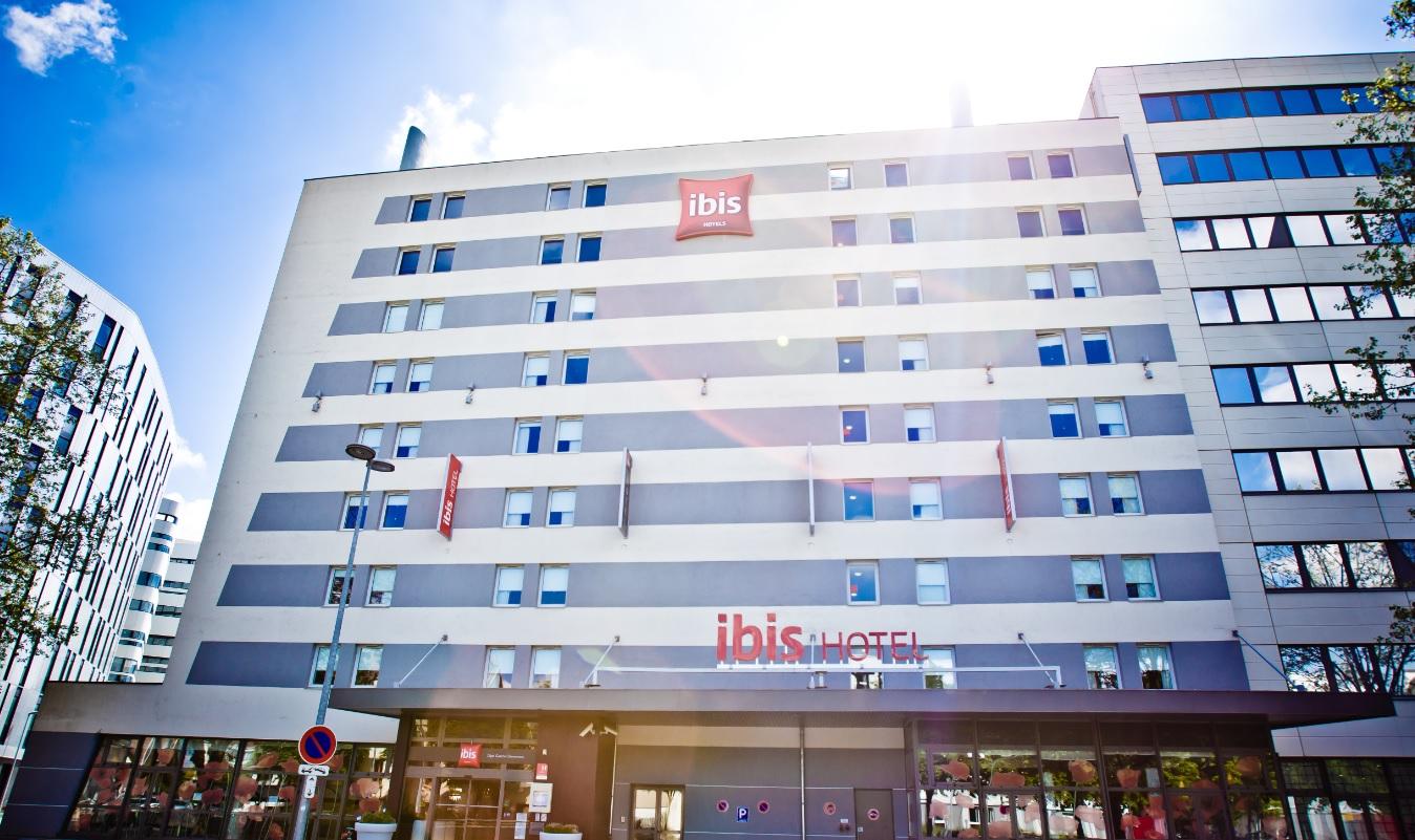 façade Ibis Clémenceau