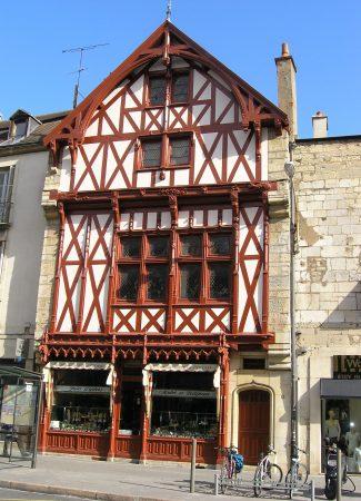 Mulot et Petitjean – Place Bossuet