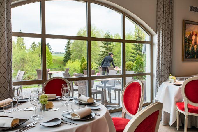 Sainte-Sabine-salle-de-restaurant-2
