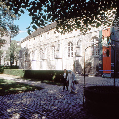 Square-des-Benedictins