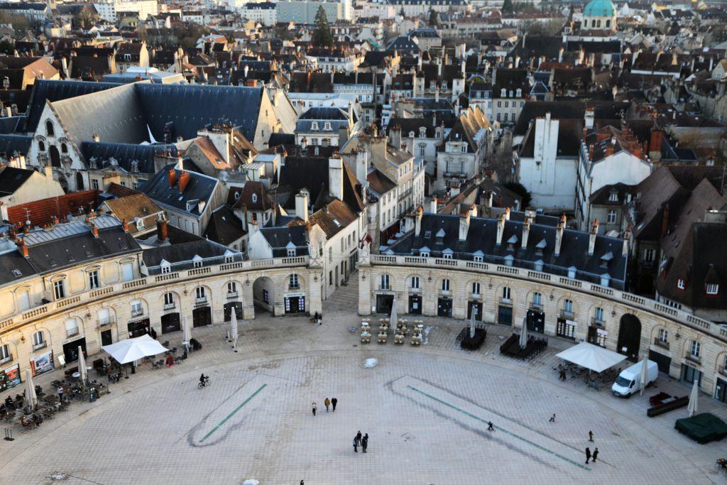 Vue-panoramique-sur-Dijon