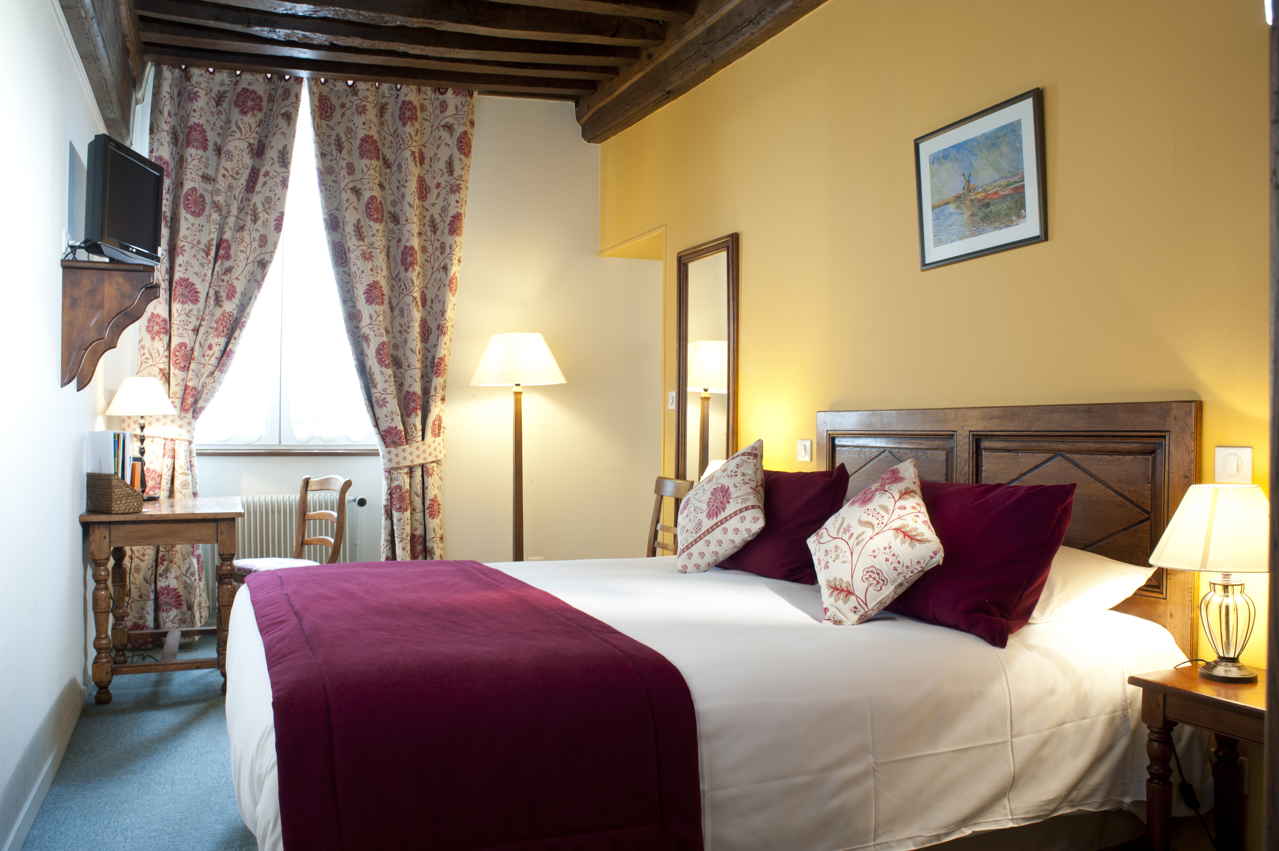 chambre-superieure-hotel-wilson-dijon-2