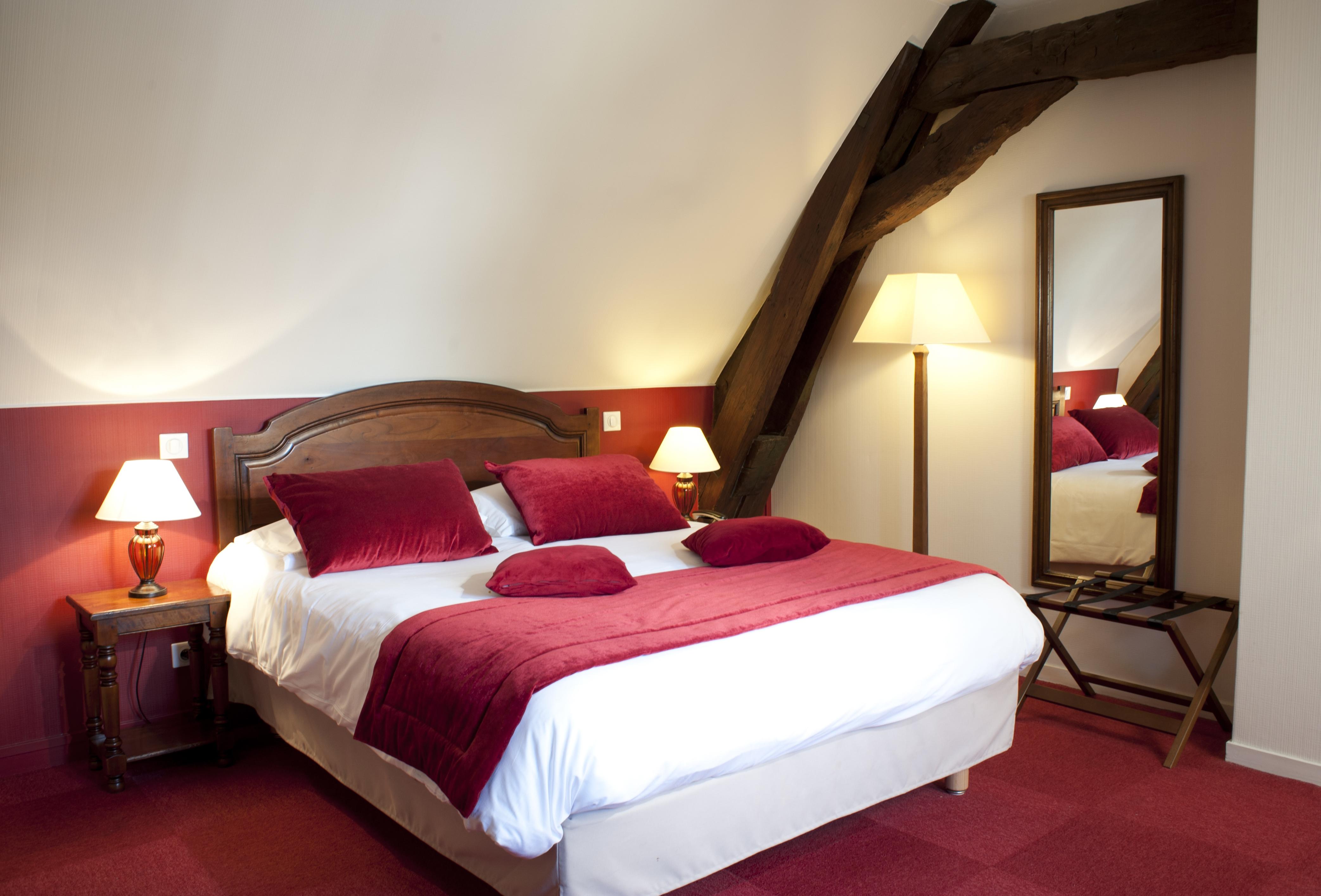 chambre-superieure-hotel-wilson-dijon-5