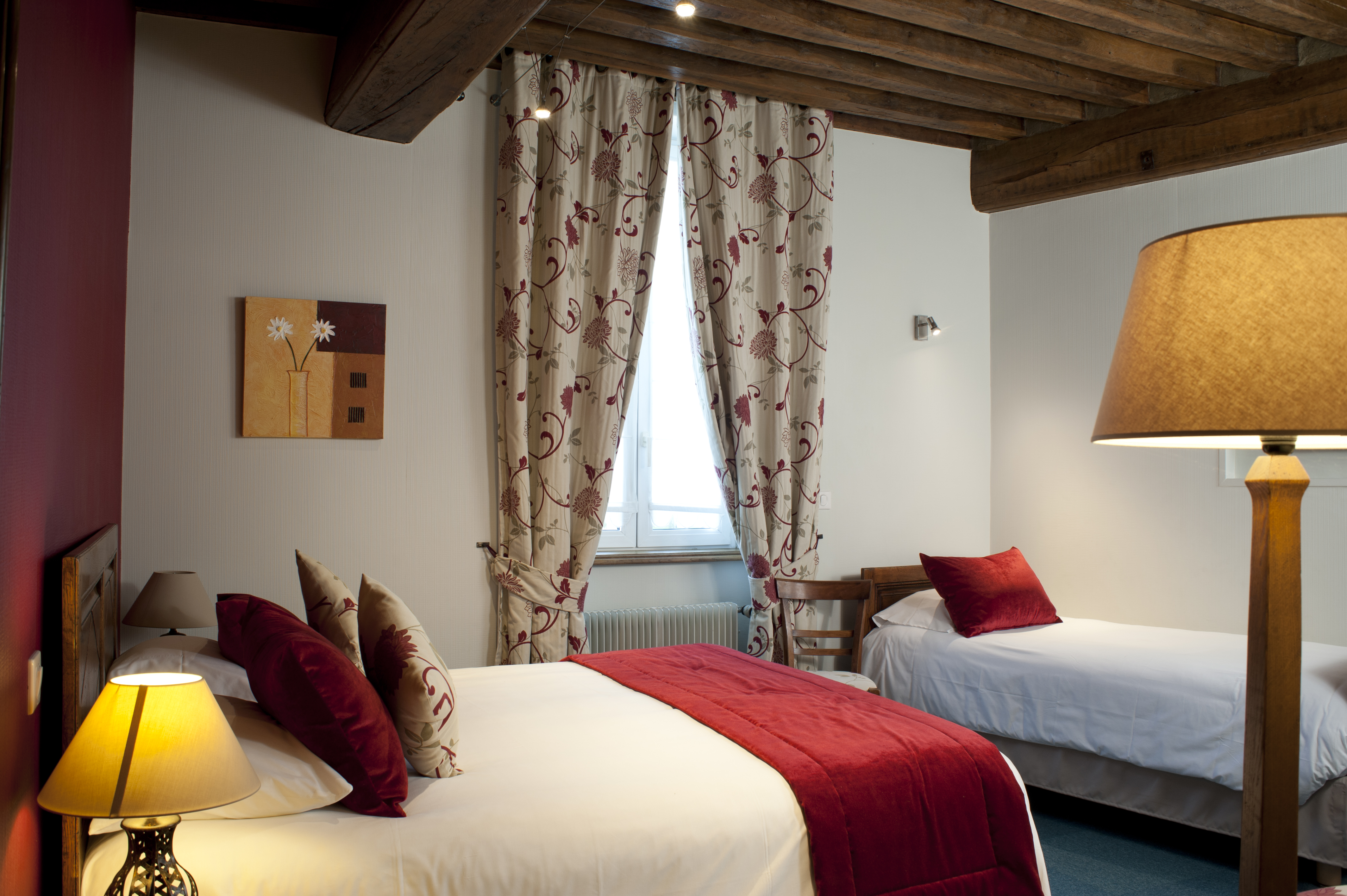 chambre-triple-hotel-wilson-dijon