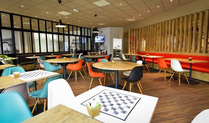 Salle petit-déjeuner Ibis Dijon Centre Clemenceau