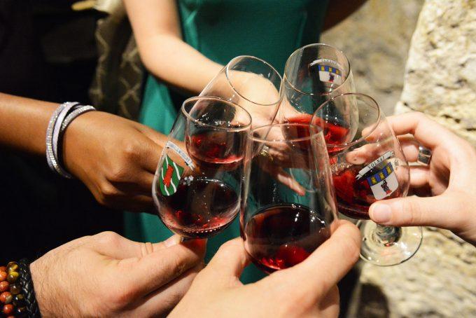 wine tasting© Photo Rozenn Krebel 98